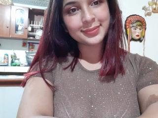 ChaneelSexy at XLoveCam