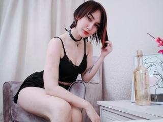 Webcam model DaisyWoots from XLoveCam
