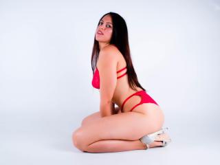 Webcam model MarianaMorgan from XLoveCam