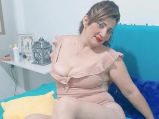 LorraineMore at XLoveCam