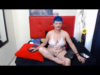 Webcam model LoquitaQueen from XLoveCam