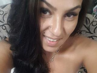 Webcam model LilNaughty from XLoveCam