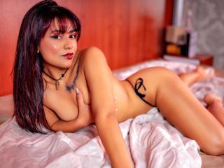 KarinaDaviss at XLoveCam