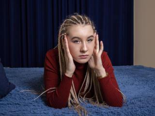 Webcam model JaneGrace from XLoveCam