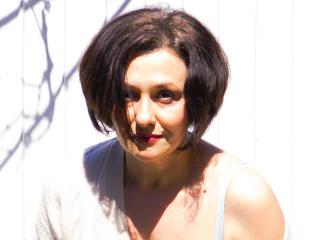 Webcam model MoniqueBest from XLoveCam