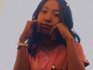 Hasinne at XLoveCam