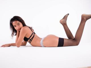 Webcam model MarieOwens from XLoveCam