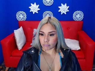 Webcam model CristalJensen from XLoveCam