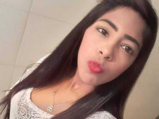 AdharaSexy at XLoveCam