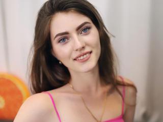 MaryMaceyZ at XLoveCam