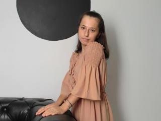 Webcam model KatyaGrey from XLoveCam
