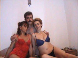 Домашний русский секс в троем с женой — photo 3